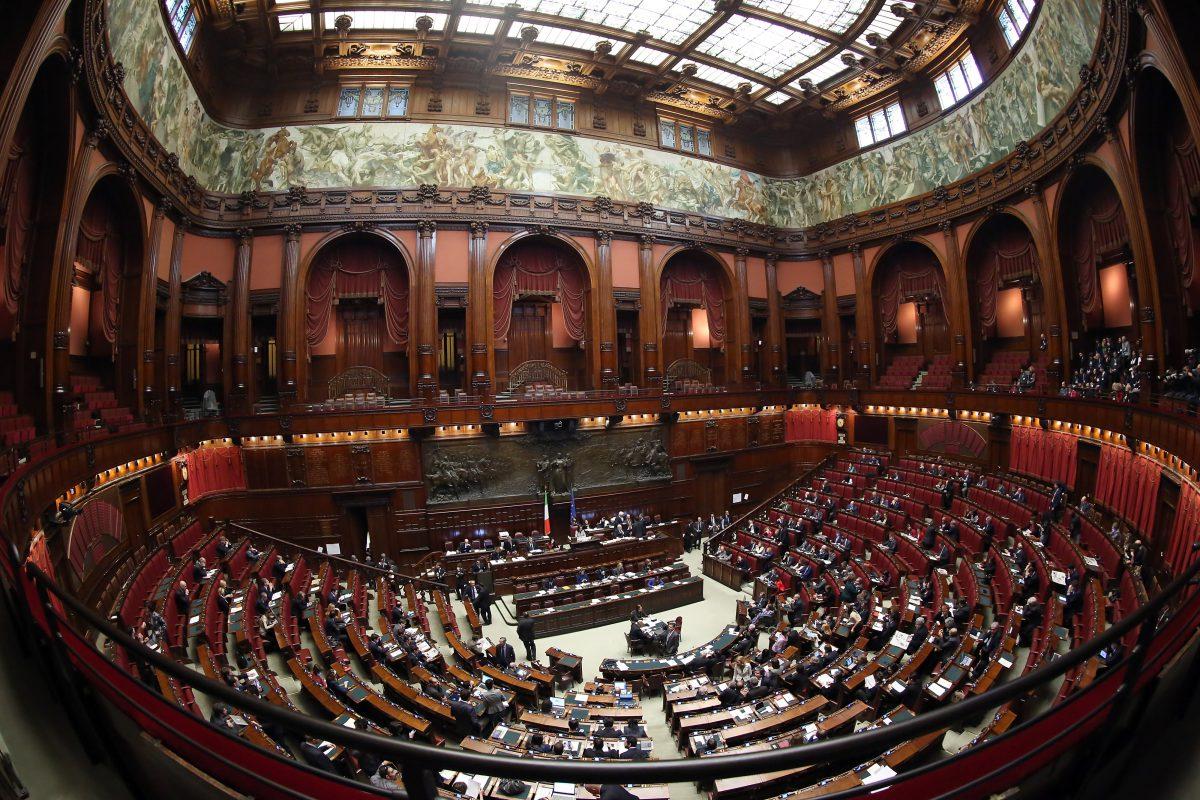 I minibot italiani e la droga finanziaria del debito for Camera dei deputati italia