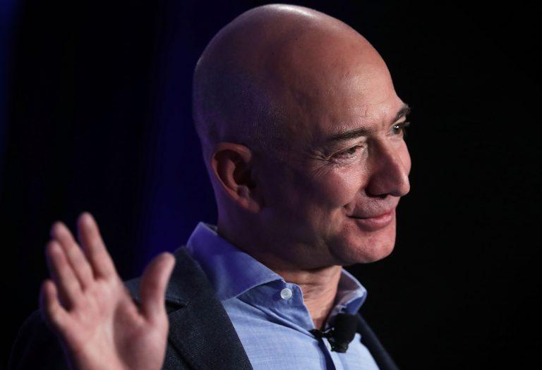 Jeff Bezos vende azioni amazon
