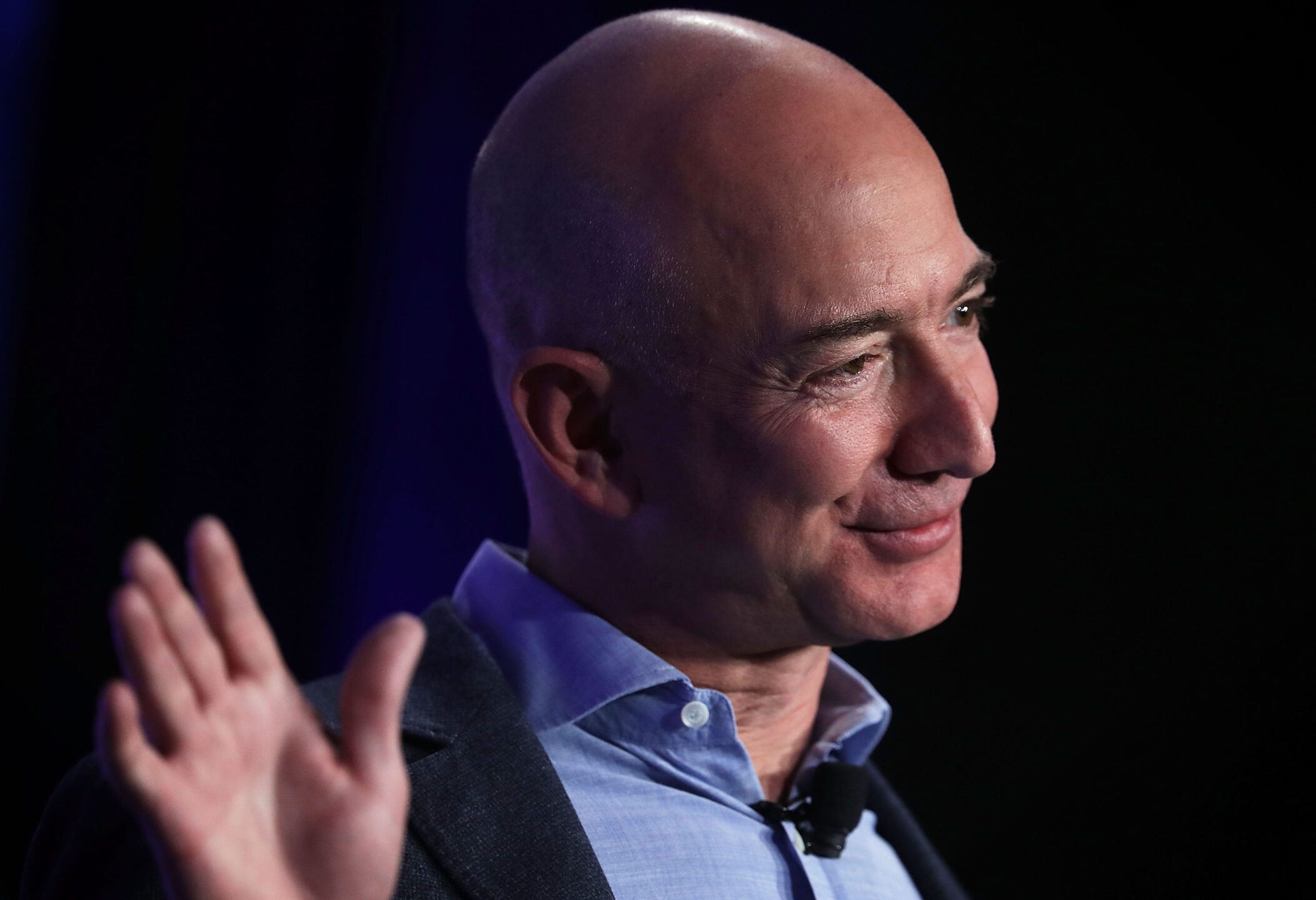 Jeff Bezos vende azioni amazon