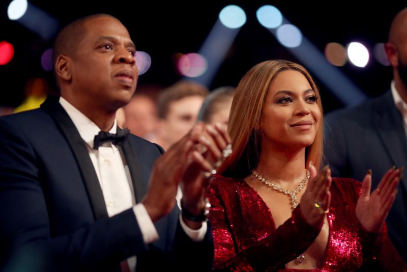 Jay-Z e altre star investiranno in Hungry, la app di catering a domicilio