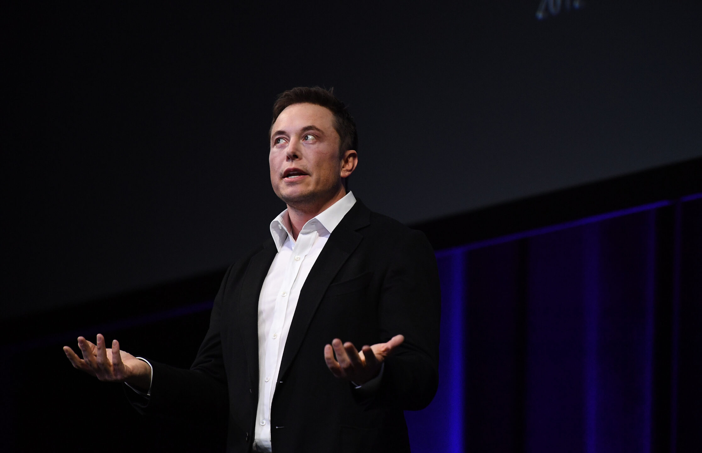 Tesla metterà sul mercato altre azioni per 2 miliardi di dollari