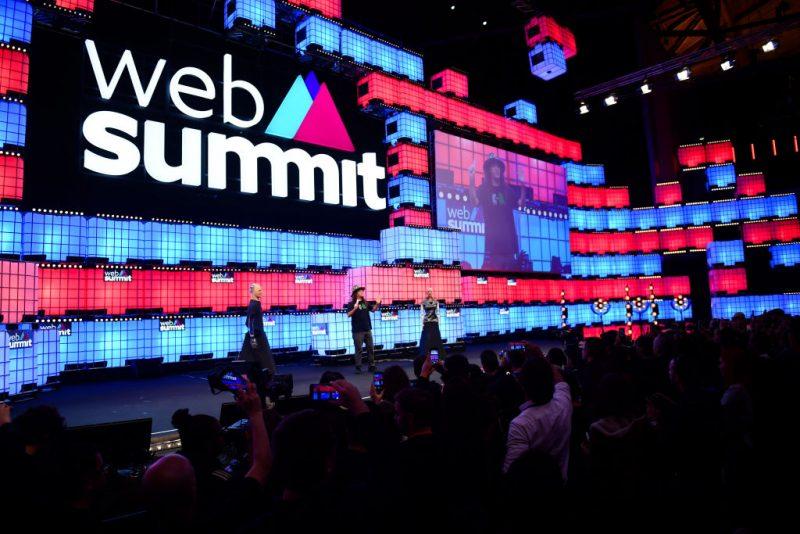 Il palco del Web Summit di Lisbona