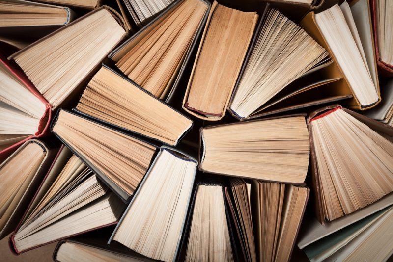 libri dall'alto