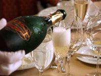 foto champagne versato