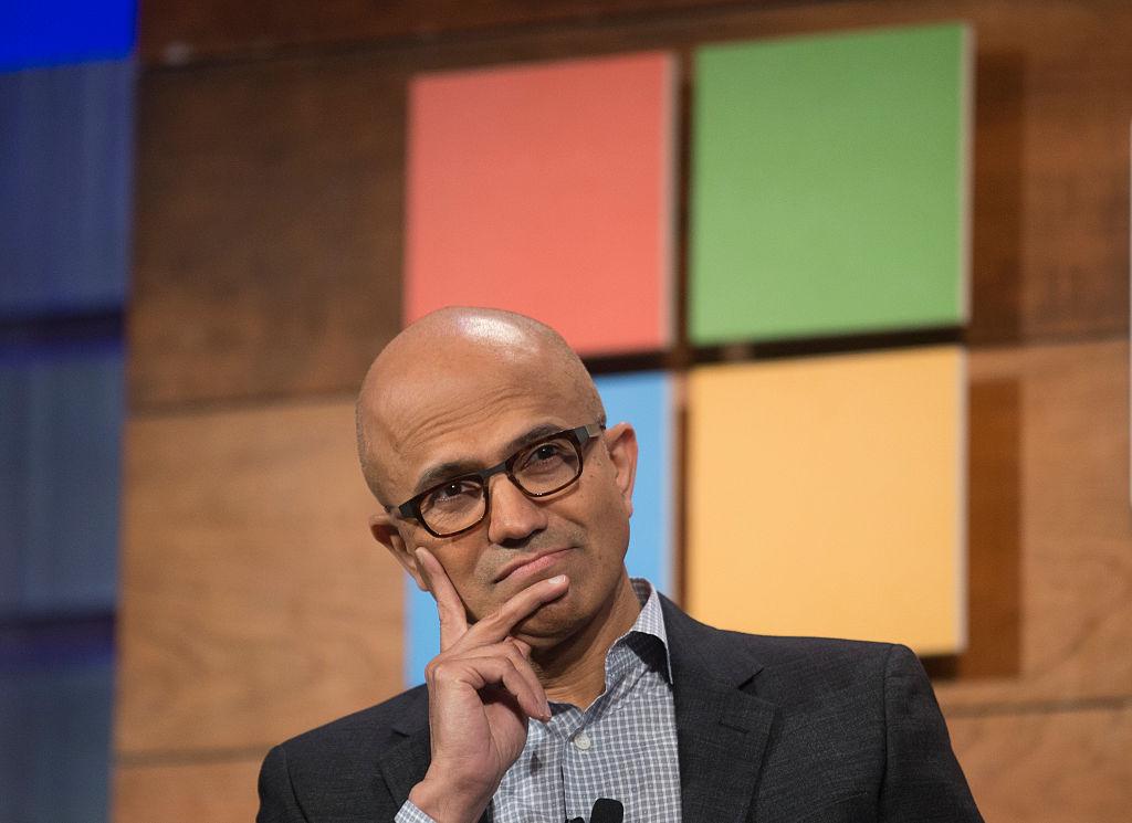 Il ceo di Microsoft Satya Nadella durante un'intervista