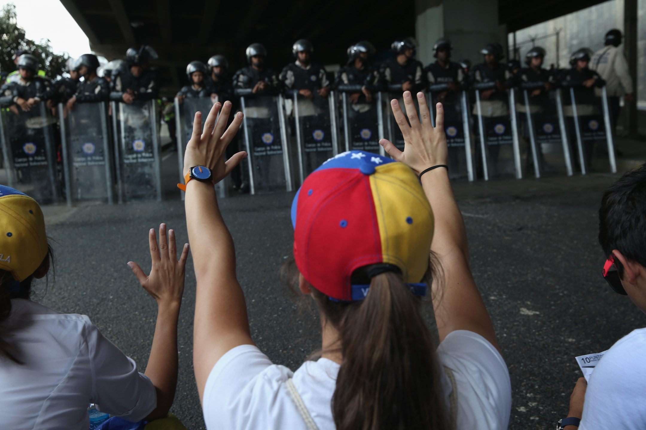 Dimostranti a Caracas