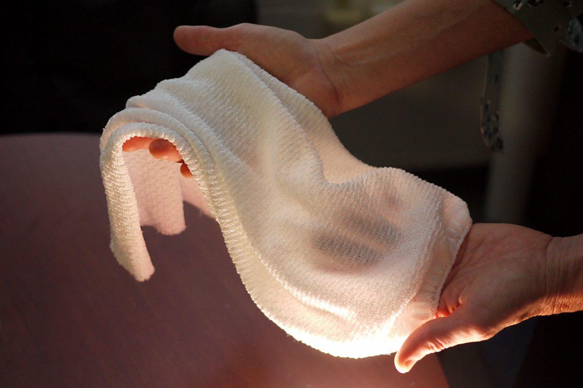 tessuto mano
