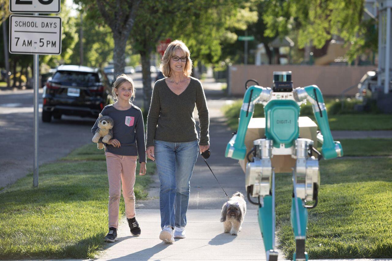 Digit, il robot di Ford per la consegna pacchi