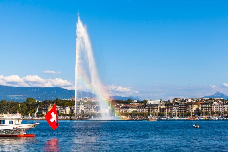 la fontana nel lago di Ginevra