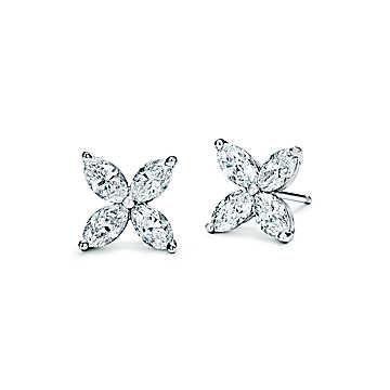 Gioielli Tiffany & Co: orecchini Tiffany Victoria® in platino con diamanti