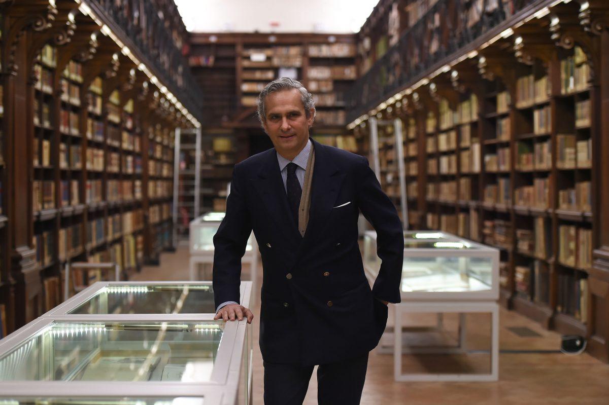 Il singles 39 day con il numero uno di alibaba in italia for Numero di politici in italia