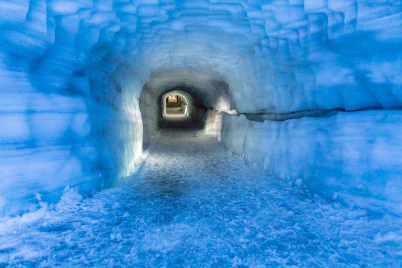 Il tunnel di ghiaccio di Langjokull, Islanda