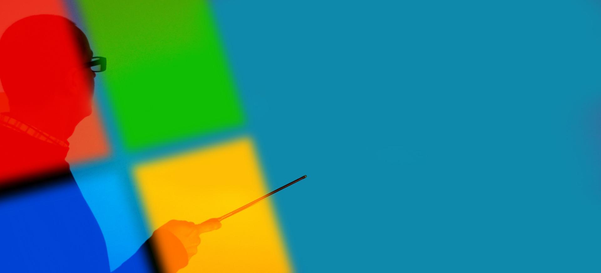 Microsoft prova la settimana lavorativa di 4 giorni: produttività su del 40%