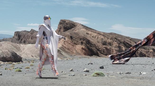 Digital dress: si può dire che un abito virtuale (e basta) esiste davvero?