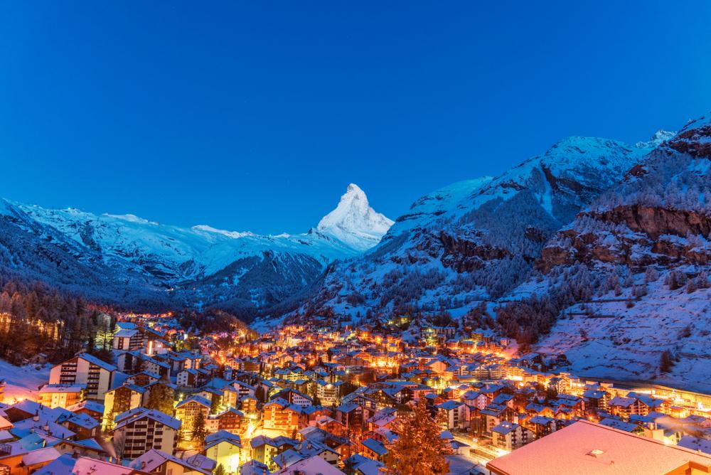 Vacanza in montagna: località sciistica di Zermatt