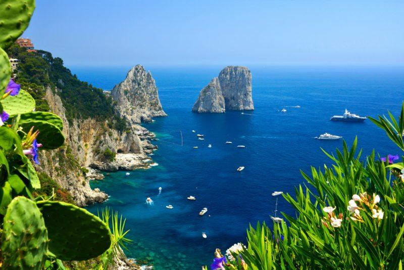 Comprare casa con vista panoramica sui Faraglioni di Capri