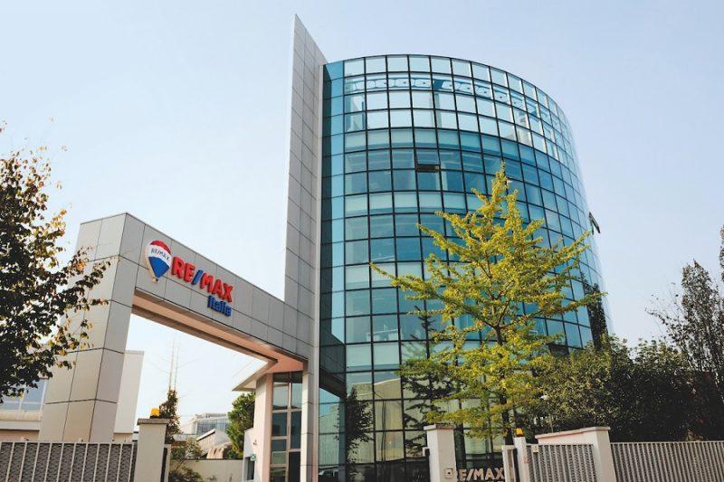 Mercato immobiliare: Remax Italia, building 2