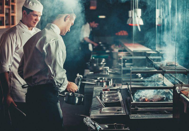 Ristorazione: la nuova rivoluzione di food delivery e dark kitchen