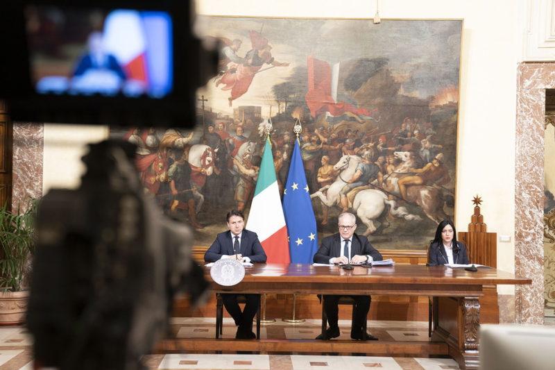 Giuseppe Conte annuncia il Decreto Liquidità