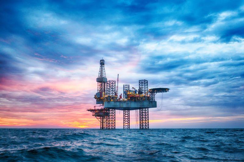petrolio, crollo delle quotazione del wit e del brent