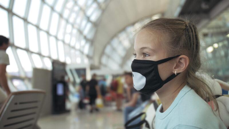 Viaggiare in aereo nel post Covid-19: regole e accorgimenti delle compagnie aeree
