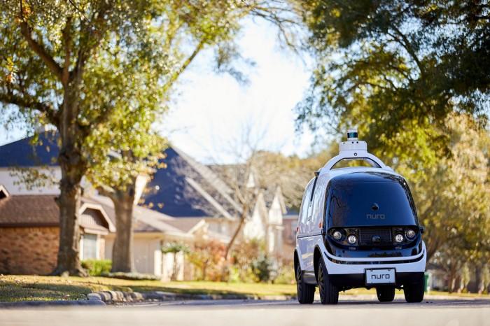 Nuro, startup robot a guida a autonoma