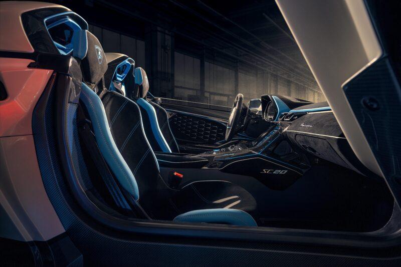 Lamborghini SC20 interni