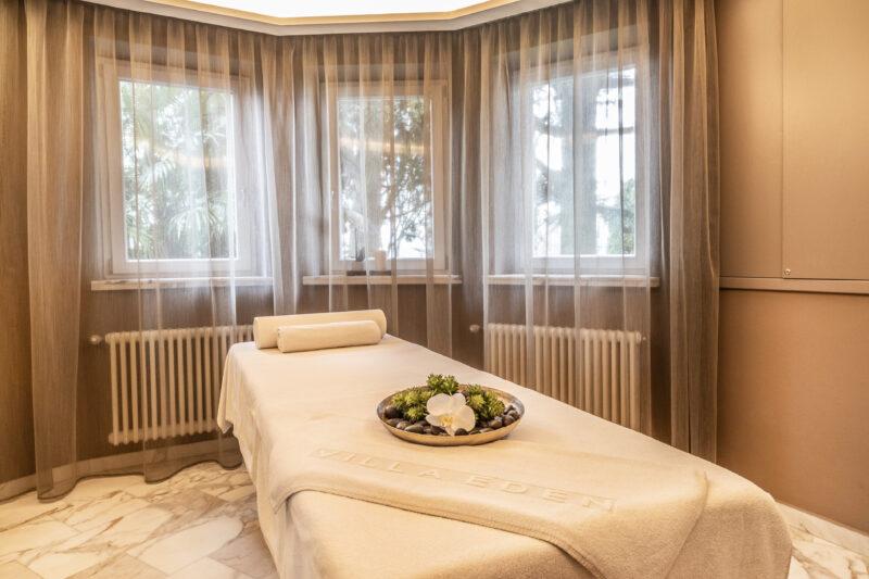 La cabina massaggi di Villa Eden Merano, il primo Covid safe hotel creato da Angelika Schmid