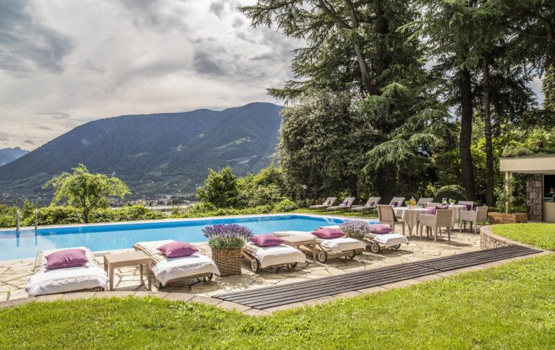 Piscina di Villa Eden Merano, il primo Covid safe hotel creato da Angelika Schmid