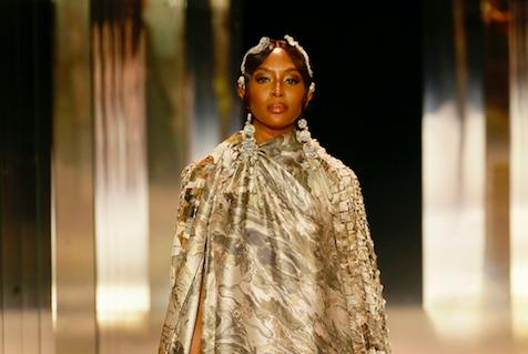 Naomi Campbell a Parigi per Fendi