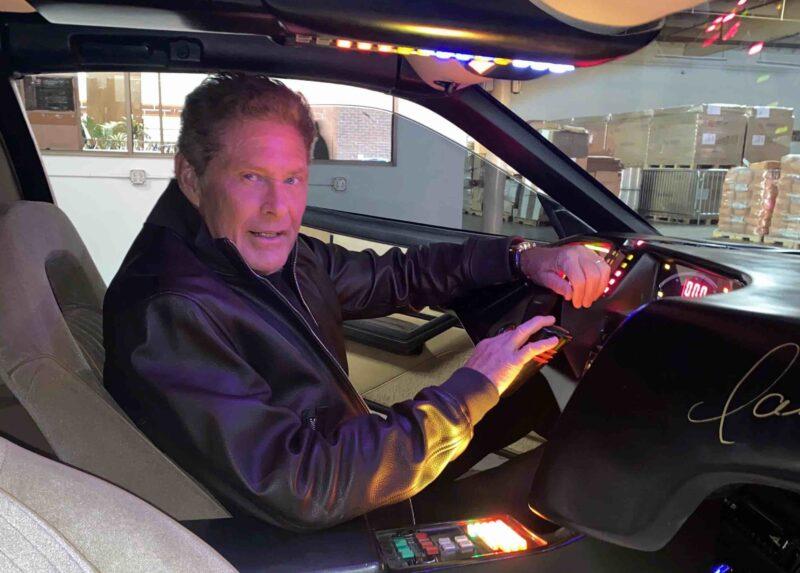 David Hasselhoff mette in asta la sua supercar Kitt