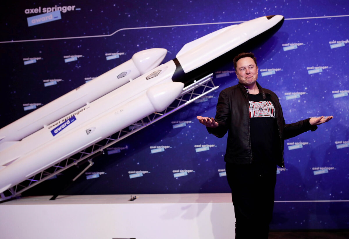 Elon Musk Internet spazio satelliti
