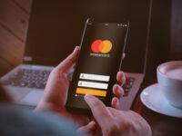 mastercard apre ai pagamenti con criptovalute