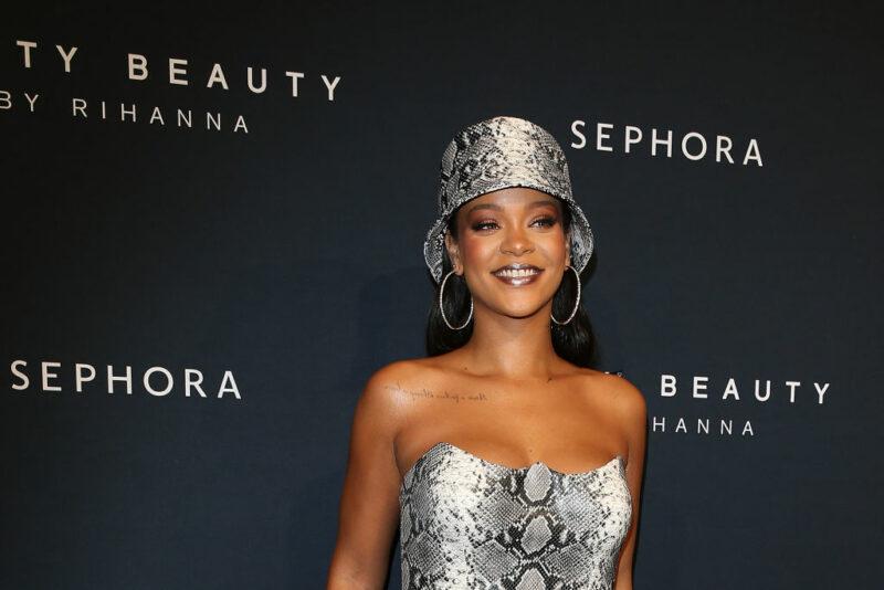 Rihanna, miliardaria grazie a Fenty Beauty